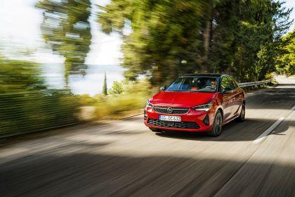2020 Opel Corsa 11