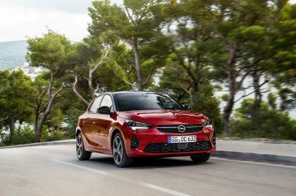 2020 Opel Corsa 14