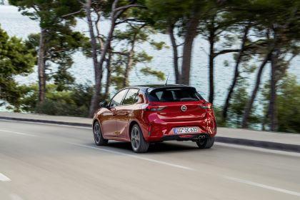 2020 Opel Corsa 15