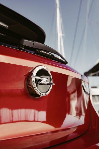 2020 Opel Corsa 33