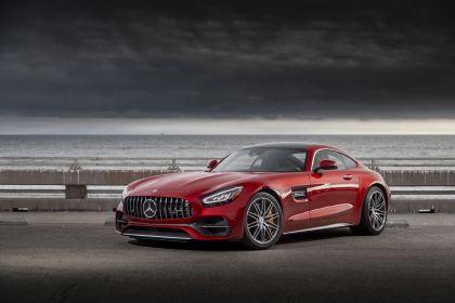 2020 Mercedes-AMG GT C coupé - USA version 1