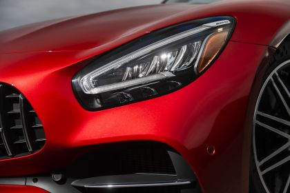 2020 Mercedes-AMG GT C coupé - USA version 23