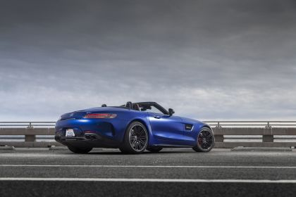 2020 Mercedes-AMG GT C roadster - USA version 3