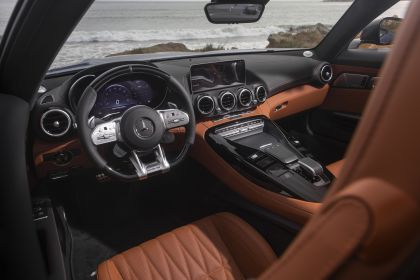 2020 Mercedes-AMG GT C roadster - USA version 32