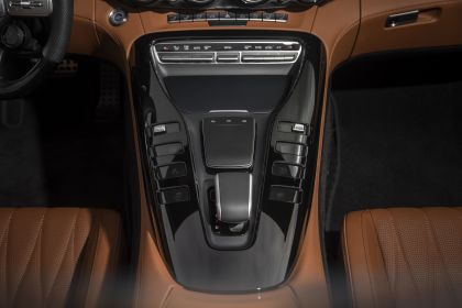 2020 Mercedes-AMG GT C roadster - USA version 38