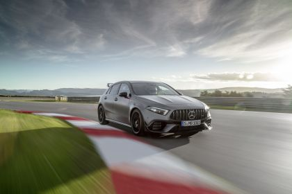 2019 Mercedes-AMG A 45 S 4Matic+ 10