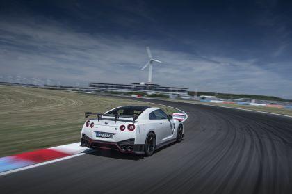 2020 Nissan GT-R ( R35 ) Nismo 6