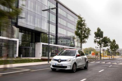2019 Renault Twingo Le Coq Sportif Limited Edition 6