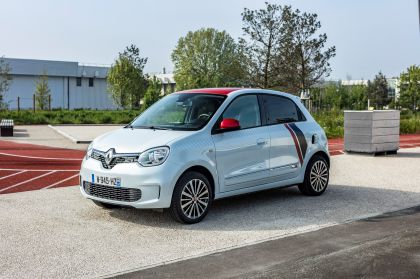2019 Renault Twingo Le Coq Sportif Limited Edition 16