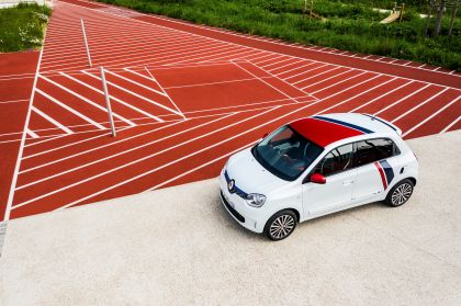 2019 Renault Twingo Le Coq Sportif Limited Edition 20