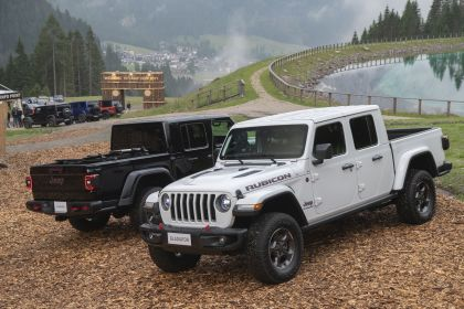 2020 Jeep Gladiator - Europe version 3