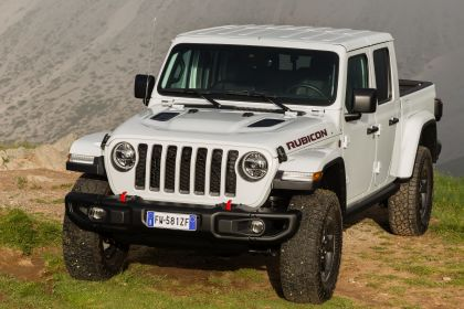 2020 Jeep Gladiator - Europe version 27
