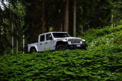 2020 Jeep Gladiator - Europe version 45