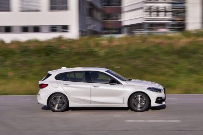 2019 BMW 118d ( F40 ) Sportline 9