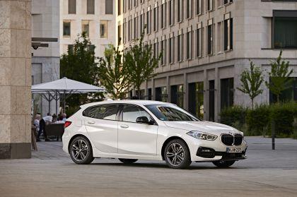 2019 BMW 118d ( F40 ) Sportline 10