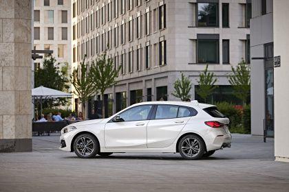 2019 BMW 118d ( F40 ) Sportline 11