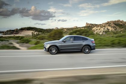2020 Mercedes-AMG GLC 43 4Matic coupé 11