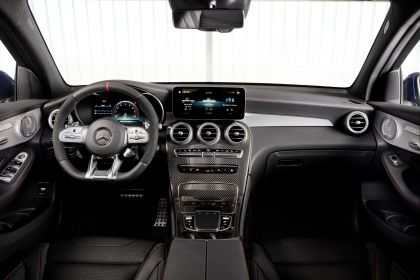 2020 Mercedes-AMG GLC 43 4Matic coupé 27