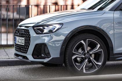 2019 Audi A1 Citycarver 77