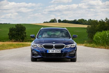 2020 BMW 330d ( G21 ) xDrive Touring 1