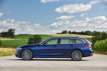 2020 BMW 330d ( G21 ) xDrive Touring 2