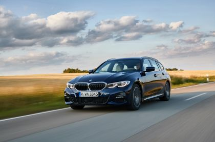 2020 BMW 330d ( G21 ) xDrive Touring 4