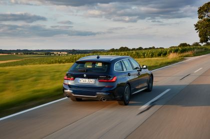 2020 BMW 330d ( G21 ) xDrive Touring 9