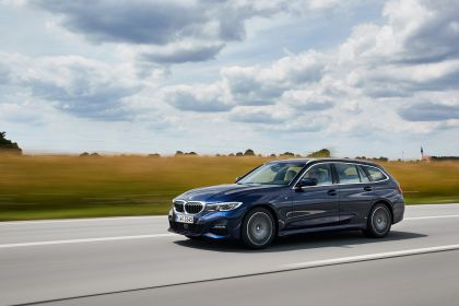2020 BMW 330d ( G21 ) xDrive Touring 28