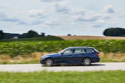 2020 BMW 330d ( G21 ) xDrive Touring 30