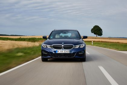 2020 BMW 330d ( G21 ) xDrive Touring 32