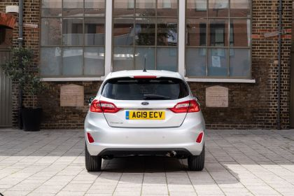 2019 Ford Fiesta Trend - UK version 12