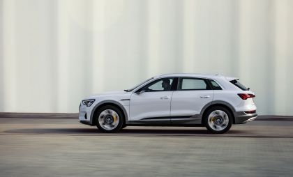 2019 Audi e-Tron 50 quattro 8