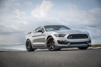 2020 Ford Mustang Shelby GT350R 2