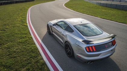 2020 Ford Mustang Shelby GT350R 6