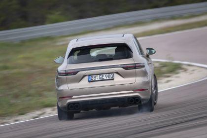 2020 Porsche Cayenne Turbo S E-Hybrid 29
