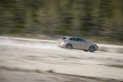 2020 Porsche Cayenne Turbo S E-Hybrid 30