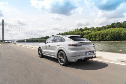 2020 Porsche Cayenne Turbo S E-Hybrid coupé 8