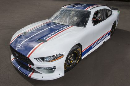 2019 Ford Mustang NASCAR Xfinity series 4