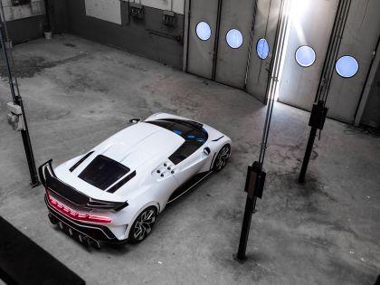 2020 Bugatti Centodieci 32