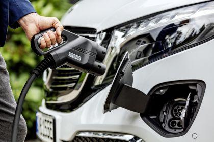 2020 Mercedes-Benz EQV 27