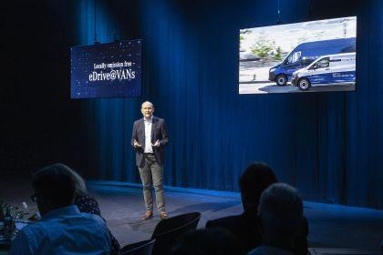 2020 Mercedes-Benz EQV 39