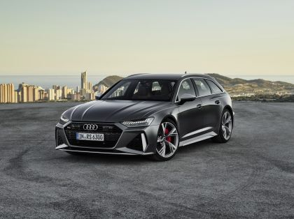 2020 Audi RS 6 Avant 1