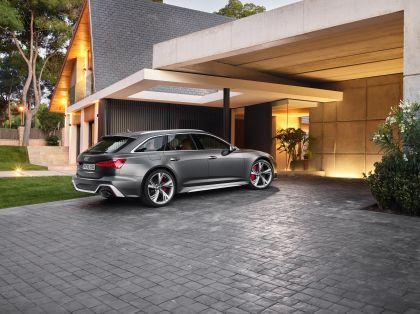 2020 Audi RS 6 Avant 32
