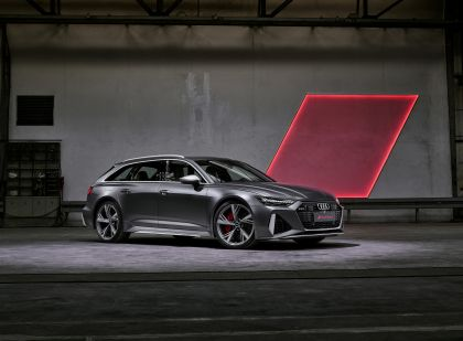2020 Audi RS 6 Avant 35