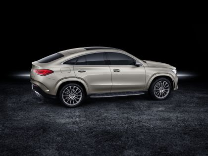 2020 Mercedes-Benz GLE coupé - USA version 8