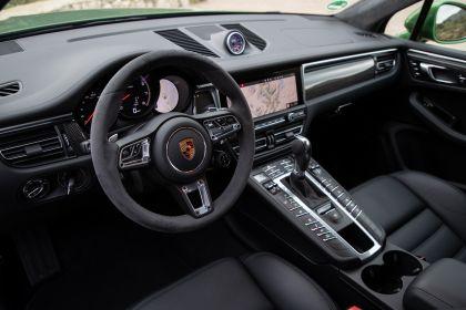 2020 Porsche Macan Turbo 67