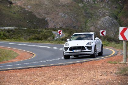 2020 Porsche Macan Turbo 157