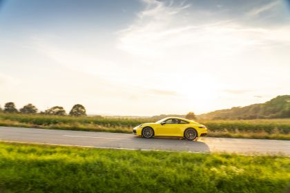 2019 Porsche 911 ( 992 ) Carrera 72