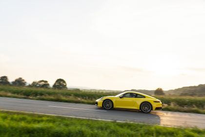 2019 Porsche 911 ( 992 ) Carrera 77