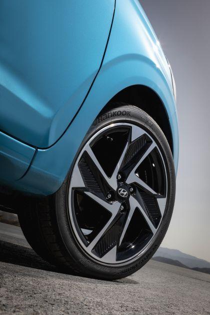 2020 Hyundai i10 25